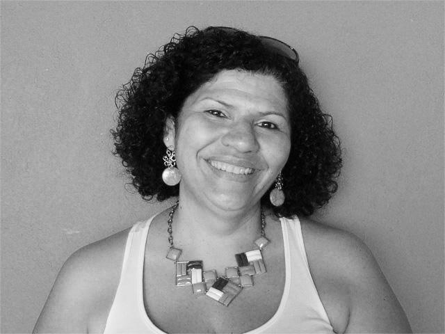 Autora Nilza Helena da Silva Vilhena